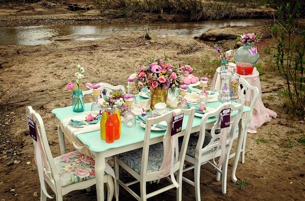 33 garden party tables decor ideas table decorating ideas Backyard party table settings