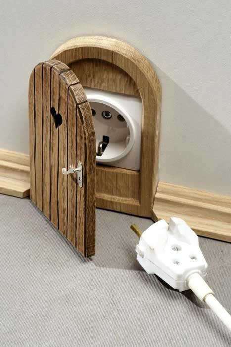 Mouse house plug
