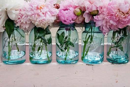 Blue Mason jar centerpiece