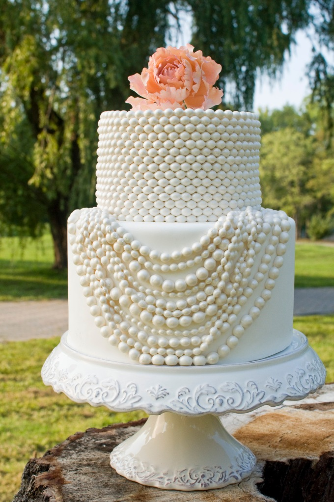 White and cream pearl cake