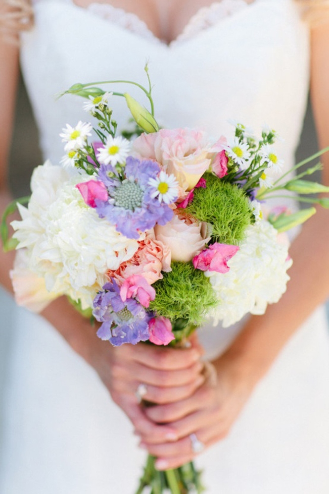 Colourful-elegant wedding-bouquet