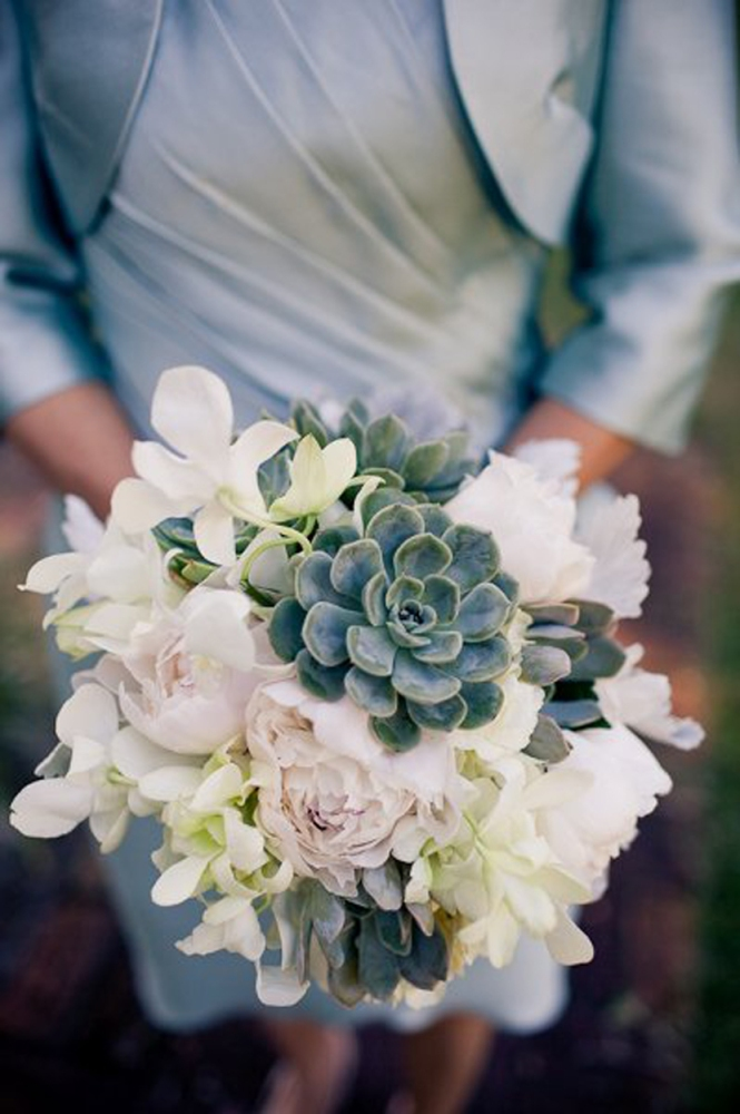 Green-succulents-white peonies-bouquet
