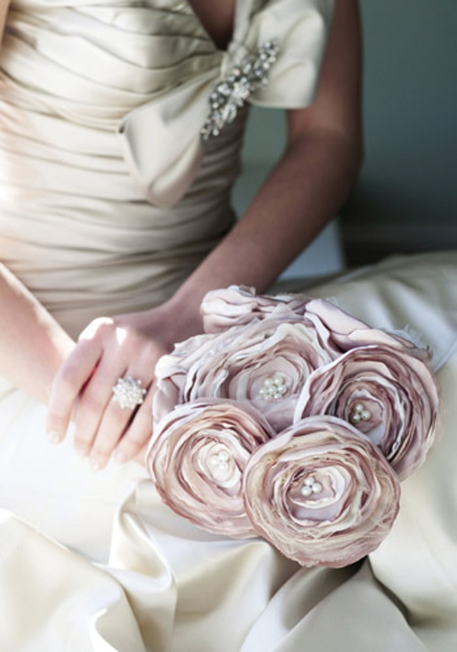 Rustic satin rose bouquet