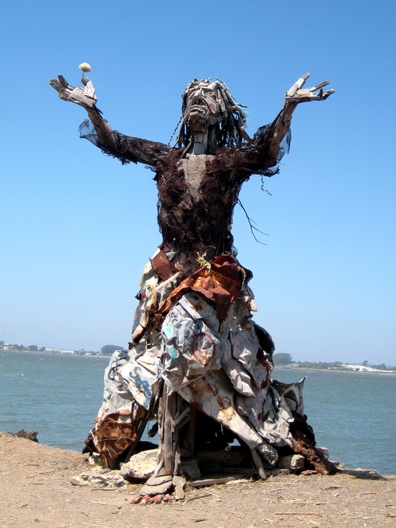 Woman_Trash Sculpture