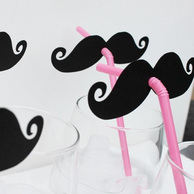 Moustache_straws