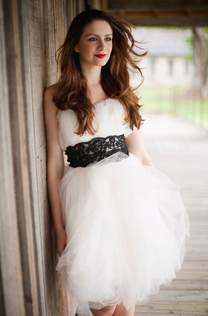 Flower Bomb_Wedding dress_Lookbook